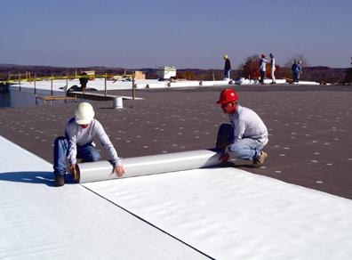 American Weatherstar Installs Single Ply Membranes